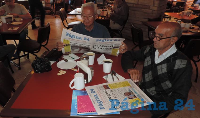 En el restaurante Las Antorchas almorzaron Daniel Leos Pedroza y Enrique Peralta Alvarado
