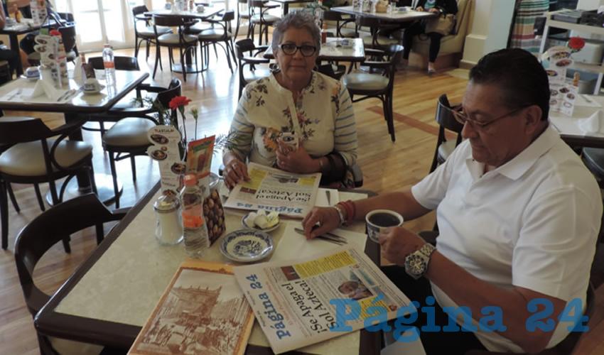 Sara Medina Mendoza y José Refugio Nieves Vázquez desayunaron en el restaurante Sanborns