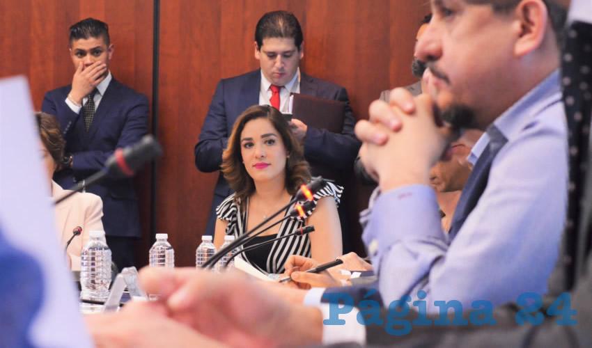 Urge Protección Para Menores los Mexicanos Diputada Arlette Muñoz