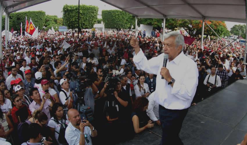 Asegura López Obrador que Mantendrá la Secretaría de la Defensa y la Marina