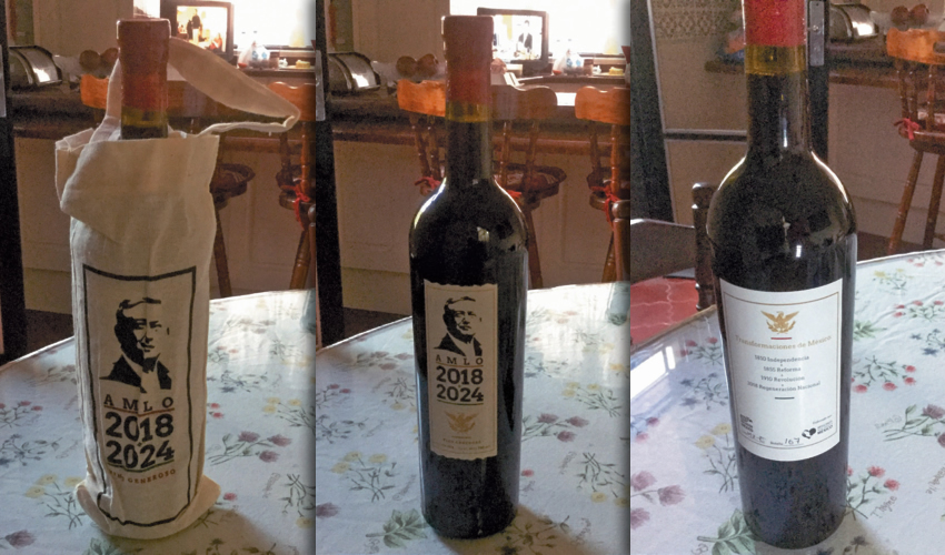 Y Sor Alegría nos tenía una sorpresa: Una botella de vino generosa AMLO 2018-2024 | En el reverso de la botella, el Águila Juarista, lista para descorcharla y brindar | Ya sin su bolsa
