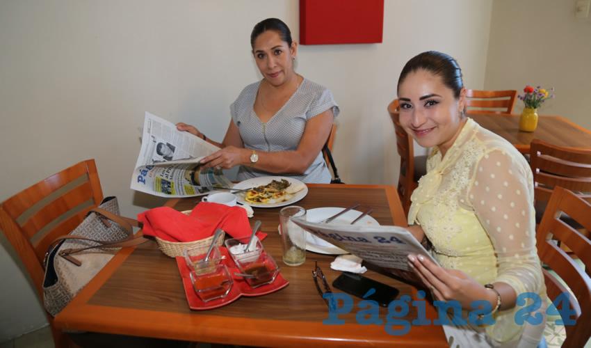 En Azul Catedral almorzaron Mayela Macías Alvarado y Paloma Cecilia Amézquita Correón, diputadas locales