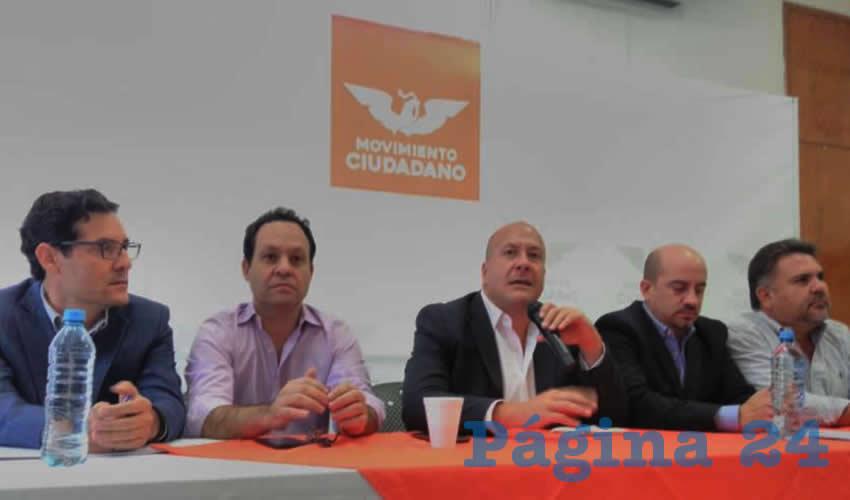 Enrique Alfaro se Desmarca de MC