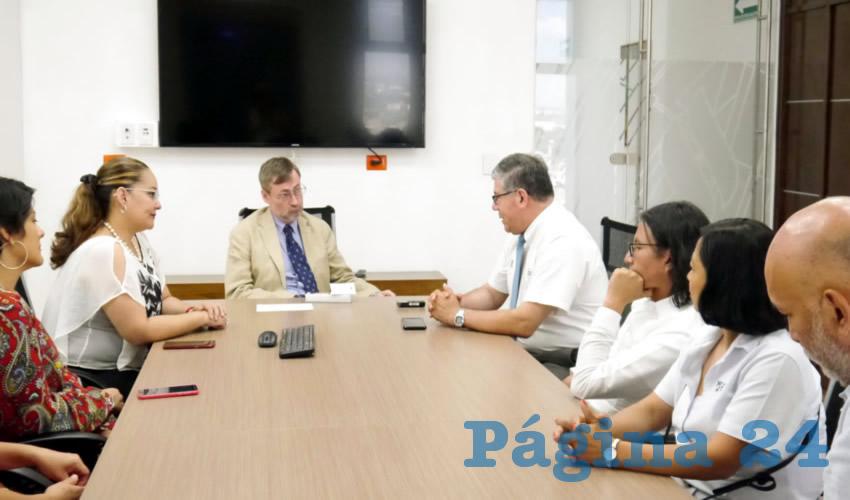 Se trataron temas primordiales para ambas instituciones, como la eficiencia terminal y la retención escolar