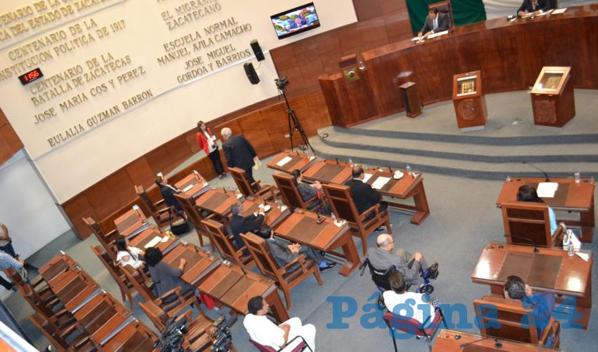 Entre los diputados que regresaron al trabajo legislativo, se encuentra Arturo López de Lara Díaz, quien fue candidato por el Partido Acción Nacional (PAN) a la alcaldía de Zacatecas, quedando en segundo lugar en la elección. (Foto: Merari Martínez Castro)