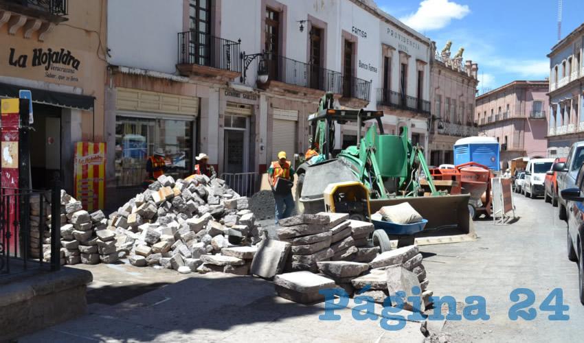 La Maquinaria Pesada Daña la Infraestructura Urbana en Centro Histórico