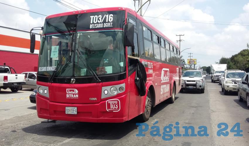"""De un día para otro, rutas como la 66 y la 603-A pasaron al modelo de ruta-empresa, con lo que su tarifa se encareció, esto """"gracias"""" a la modernización del transporte público, cuya calidad no ha mejorado como para pagar los 9 pesos, tronaron usuarios/Fotos: Francisco Tapia"""