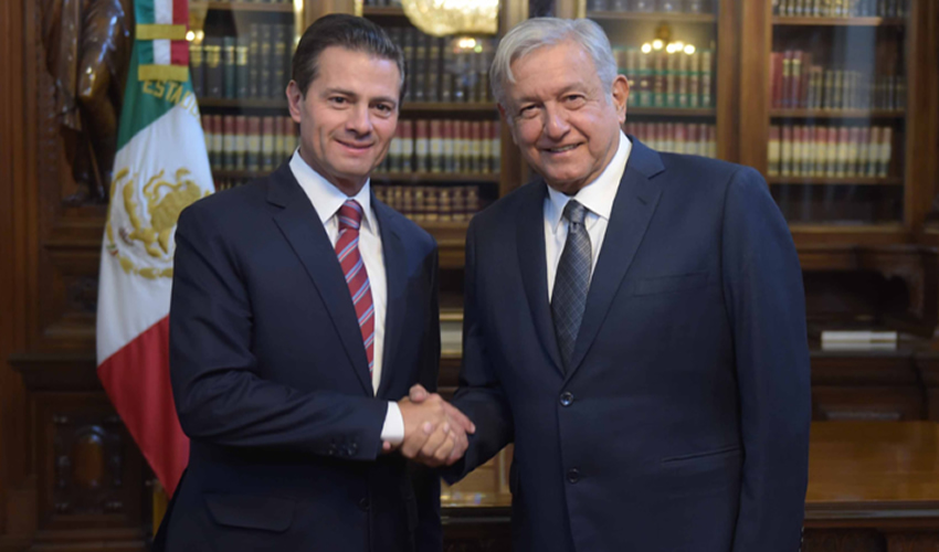 Ciudad de México.- Enrique Peña Nieto, presidente de la República en turno, sostuvo una reunión con Andrés Manuel López Obrador, presidente electo de México, en Palacio Nacional (Fotos: Cuartoscuro)