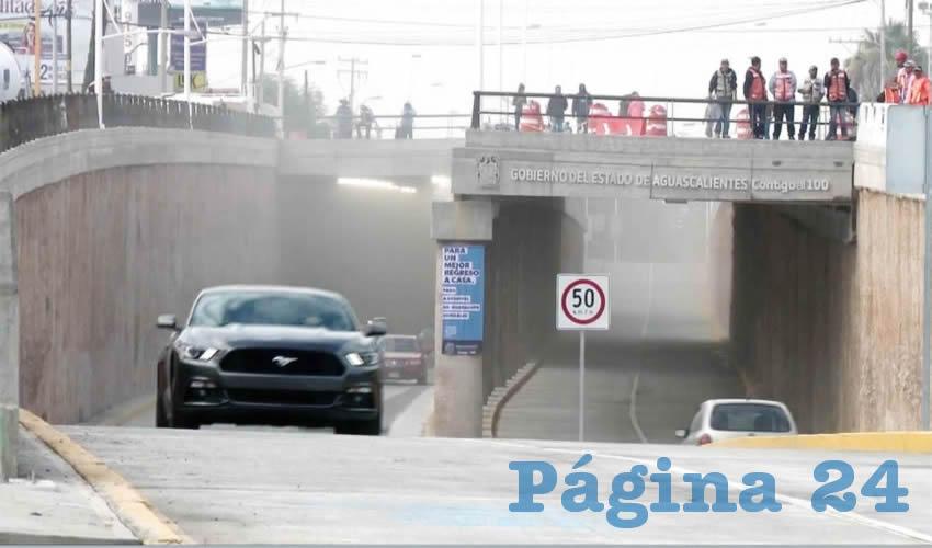 El gobernador Martín Orozco Sandoval encabezó la apertura de la parte inferior del paso a desnivel de la avenida Aguascalientes y Guadalupe González