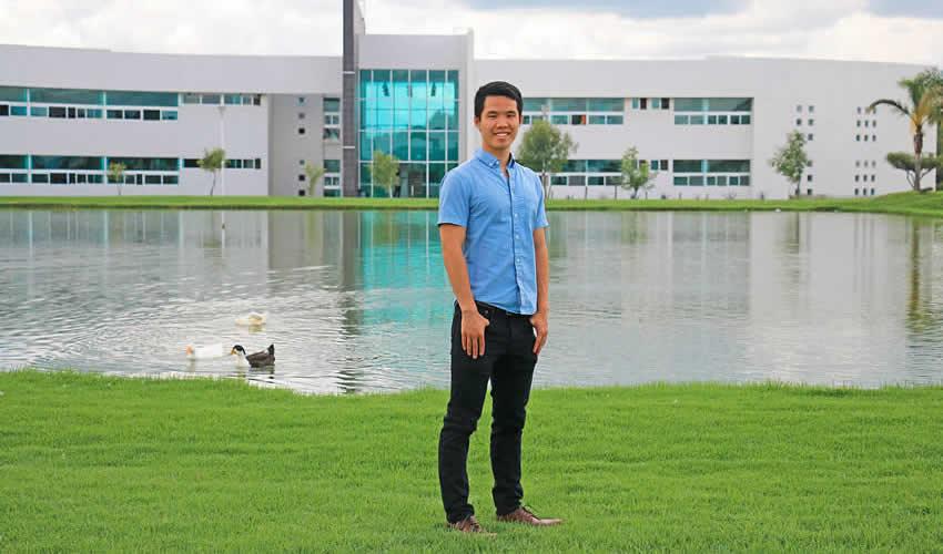El joven Alexander Donghui Bi se une a la UTNA como parte del programa de intercambio