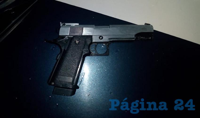 """El arma que portaba Juan Ernesto """"N"""" """"N"""""""