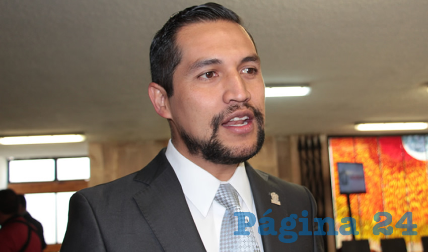 Fernando Becerra Chiu, contralor de la presidencia municipal de Zacatecas (Foto Rocío Castro)