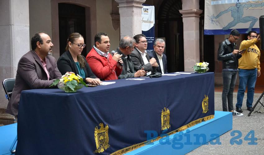 Durante su visita a la capital, Antonio Meza Estrada, enlace de la Secretaría de Educación Pública (SEP) del nuevo gobierno federal, informó que este foro se efectuará el próximo 19 de septiembre en el Campus UAZ Siglo XXI (Foto Merari Martínez Castro)