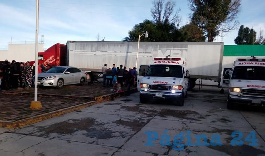 Dos Polleros Detenidos y 146 Migrantes Rescatados por Policías Federales