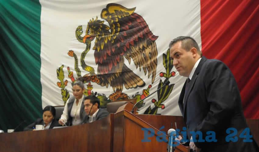 Luis Fernando Maldonado Romero, titular de la Secretaría del Agua y Medio Ambiente (Sama) compareció ante los diputados integrantes de la LXII Legislatura (Foto Merari Martínez Castro)
