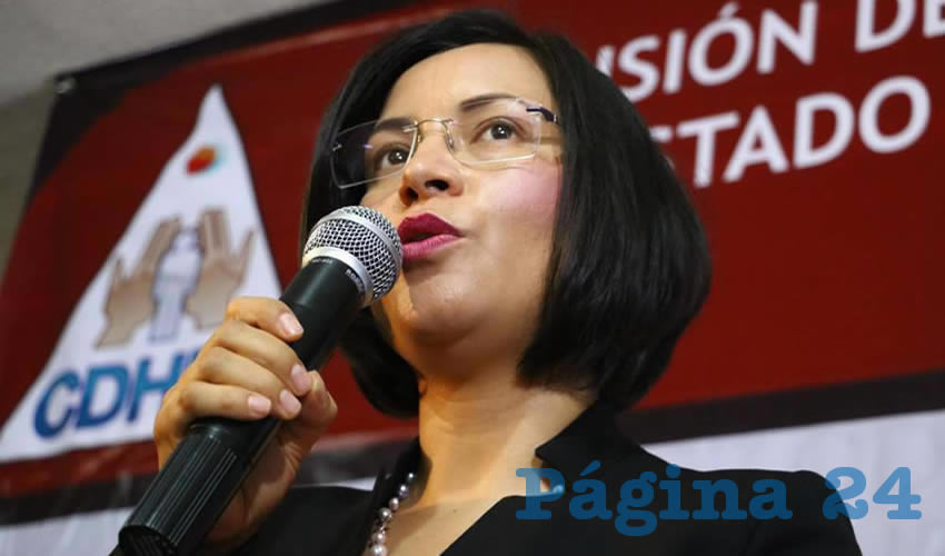 María de la Luz Domínguez,