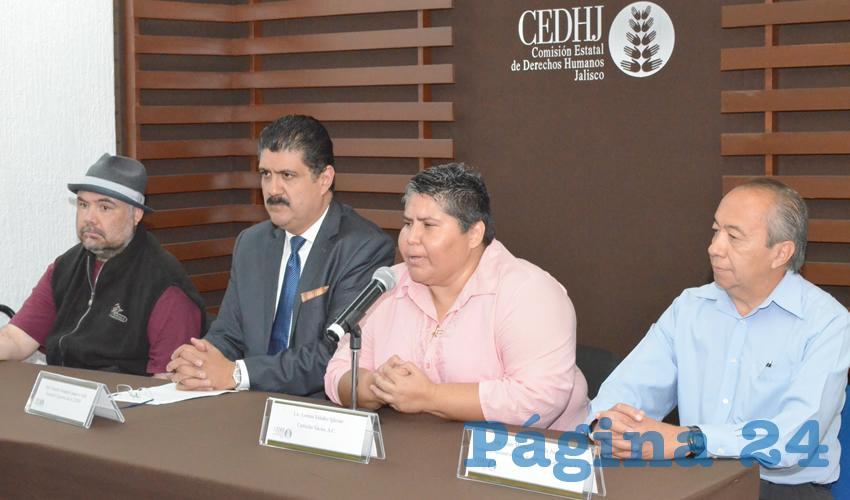 """Lorena Valadez criticó que las autoridades que van de salida se han """"quedado muy cortas"""" en la defensa de los niños y las mujeres, por lo que llamó a la administración entrante a trabajar con sensibilidad y compromiso social en el tema/Foto: Cortesía"""