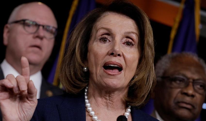 Nancy Pelosi, la líder de la actual minoría demócrata en la Cámara de Representantes, sepultó inmediatamente las aspiraciones presupuestales del presidente para construir el muro fronterizo (Foto: Archivo/ Xinhua)