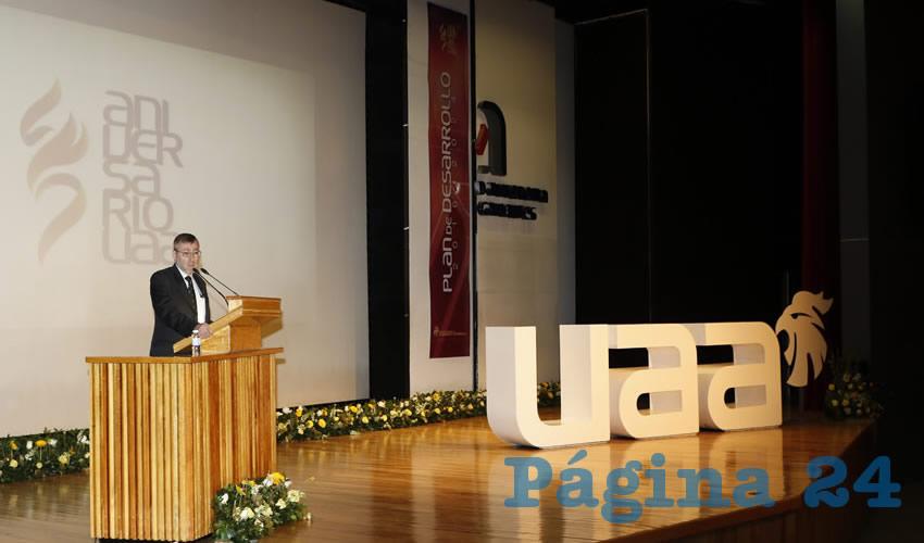 La Universidad Autónoma de Aguascalientes ha basado su desarrollo y crecimiento en Planes de Desarrollo Institucional