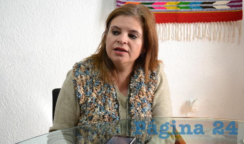 Elvira Campos Álvarez, titular de la Subsecretaría de Desarrollo Artesanal (Foto Rocío Castro Alvarado)