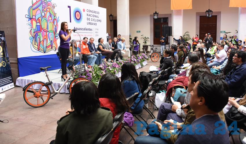 Tere Jiménez Incentiva el uso de la Bicicleta Como Medio de Transporte