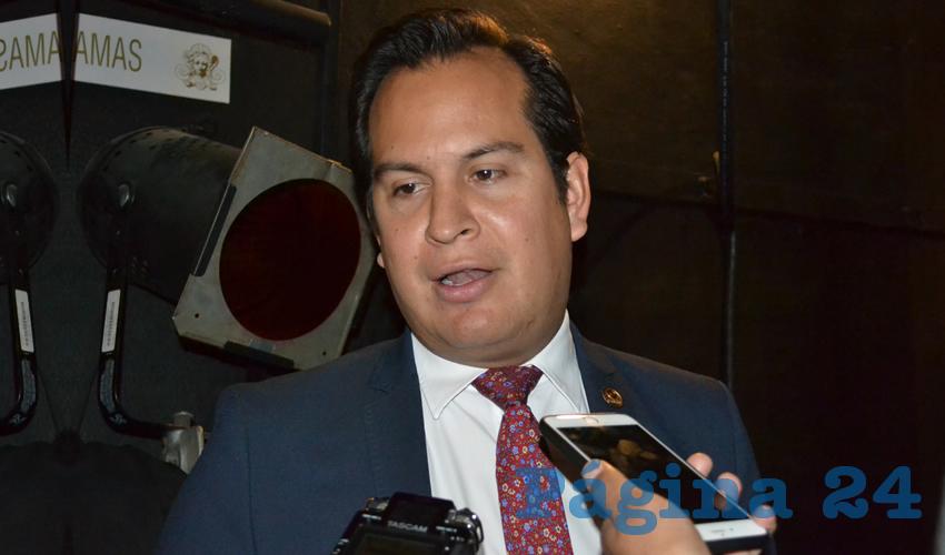 Víctor Legaspi Solís, presidente de la Cámara Nacional de la Industria de Restaurantes y Alimentos Condimentados (Canirac) (Foto Archivo Página 24)
