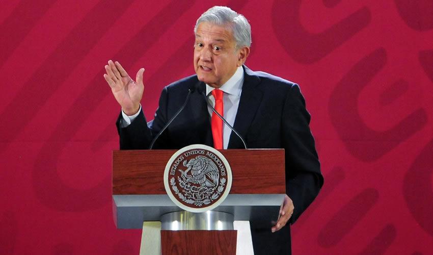 """Ahorraremos 100 mil mdp con la Cancelación  del NAIM, """"me Canso Ganso"""": López Obrador"""