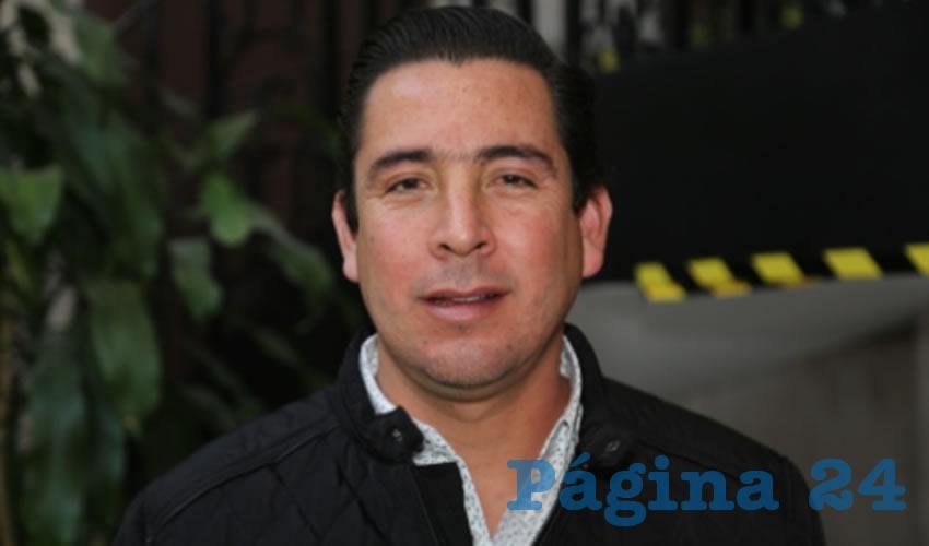 Gustavo Báez Leos ...en una de tantas borracheras...