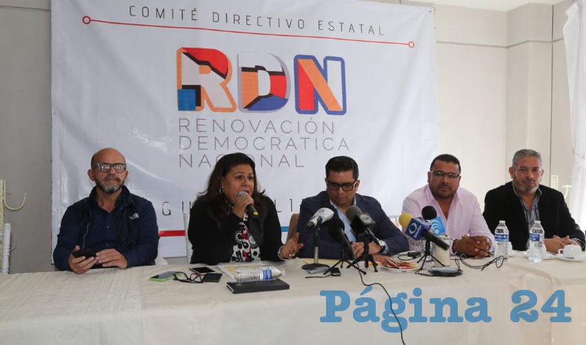 Norma Esparza Herrera y sus testaferros ...a ver si de chingadera pega el nuevo nombre del PRI...