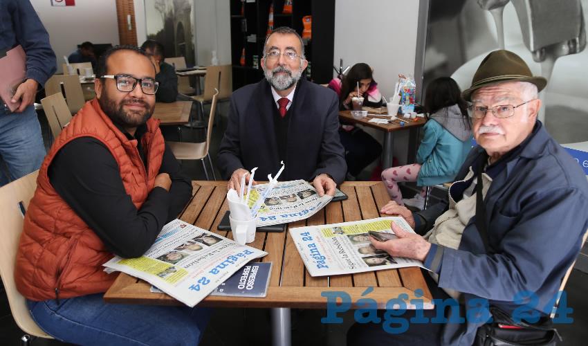En Café Punta del Cielo estuvieron Alberto de Jesús Robledo Ruiz, Jesús Eduardo Martín Jáuregui y Juan Castaingts Teillery