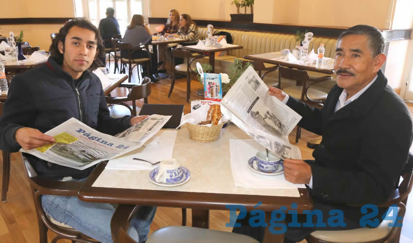 En Sanborns Francia desayunaron Julián Chavarría Soria y Graciano García Enríquez