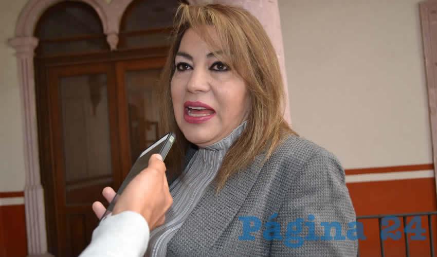 María Teresa Villegas Santillán, directora de la Unidad Académica de Contaduría y Administración (Foto Merari Martínez)