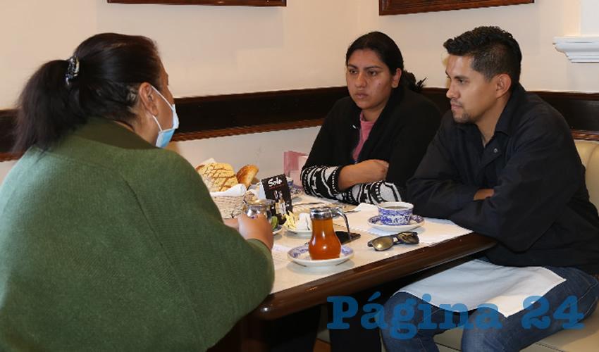 Níger Manuel Hernández Rangel y Griselda Sánchez Zapata, padres del bebé que murió en el hospital del ISSSTE (Foto: Eddylberto Luévano Santillán)