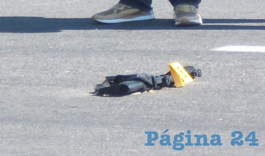 """El fusil AR-16, calibre .223, con la que Ramiro """"N"""" """"N"""" disparó a los uniformados"""
