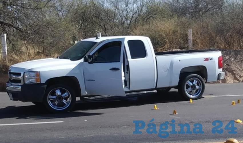 La camioneta, que fue robada en Zacatecas, que conducía el hoy occiso