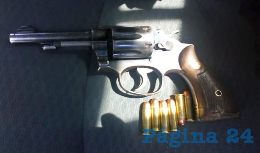 """La pistola que portaba Juan Diego """"N"""" """"N"""""""