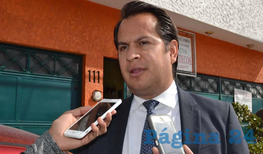 Víctor Legaspi Solís, presidente local de la Cámara Nacional de la Industria de Restaurantes y Alimentos Condimentados (Canirac) (Foto Merari Martínez)
