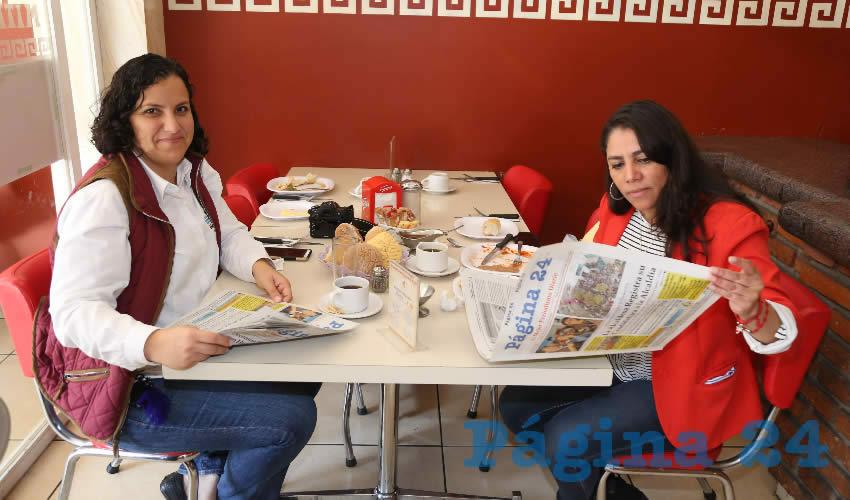 En el restaurante Mitla desayunaron Claudia de Alba Durón y María Hernández Figueroa