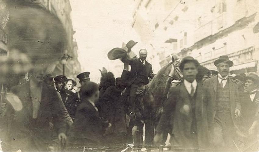 Francisco I. Madero durante la marcha de la lealtad