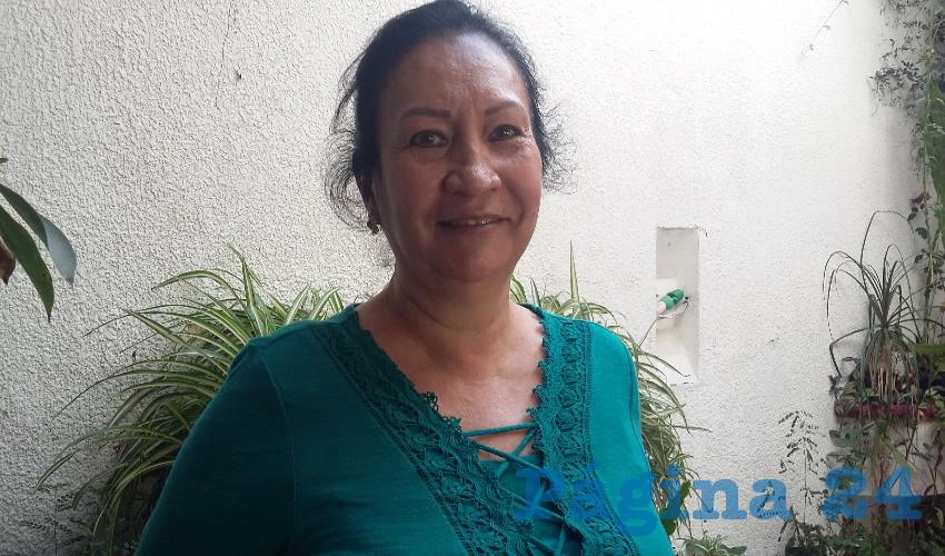 """""""Vamos a empezar a poner mantas o vamos a poner algo para ver de qué manera llamamos la atención para ver si Tránsito ya puede hacer algo"""", advirtió Patricia González, presidenta de colonos de la colonia El Retiro"""