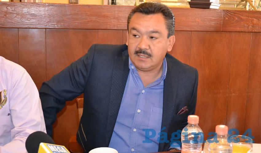 Reprocha Franco Garduño Apertura de Universidades en Pinos y Mazapil