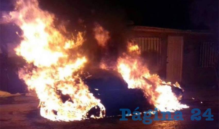 Unidad de motor en llamas