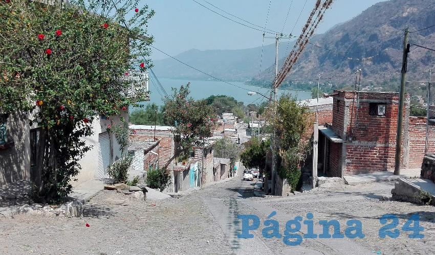 Alfaro, indolente ante muertes por contaminación en Chapala