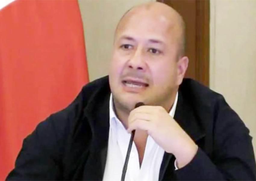 Enrique Alfaro quiere ver preso a Cruces Mada, robó 605 mdp