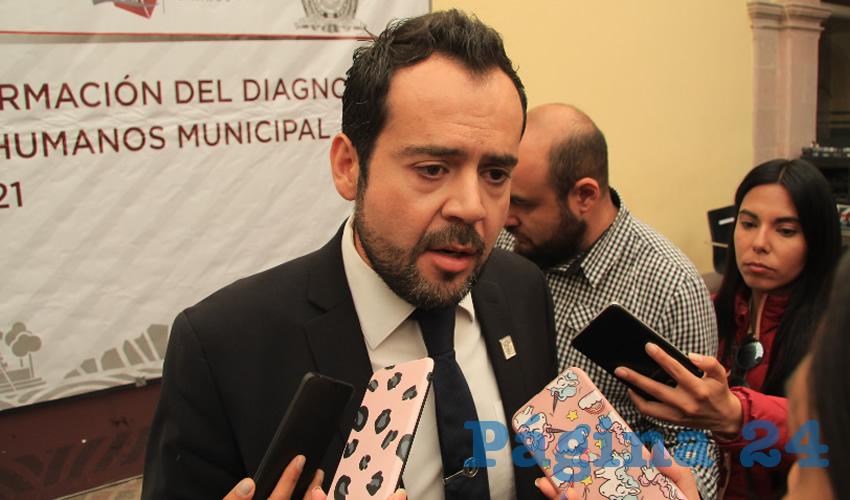 Ulises Mejía Haro, presidente municipal de Zacatecas, dio a conocer que prevén presentar una propuesta de cerrar de manera temporal algunas calles principales en ciertos días y horarios (Foto Rocío Castro)