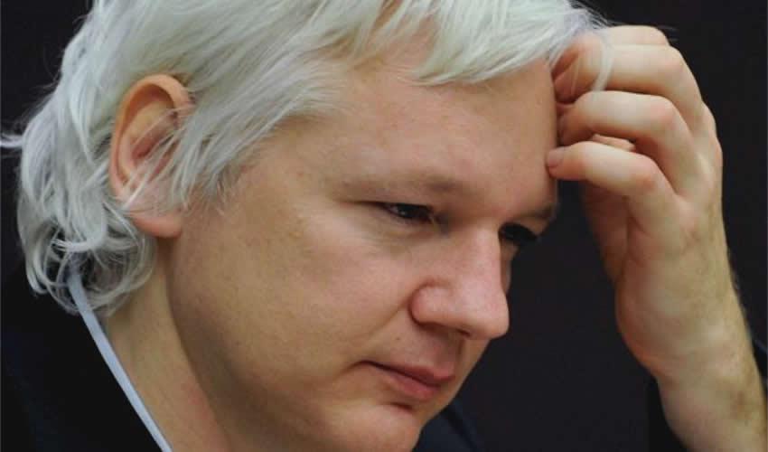 Assange se Opone a ser Extraditado a EU