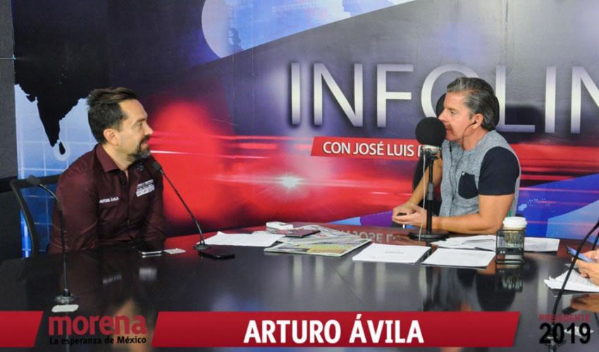 """Arturo Ávila Anaya acudió con """"La Víbora"""" ...¿dónde quedó la dignidad?.."""