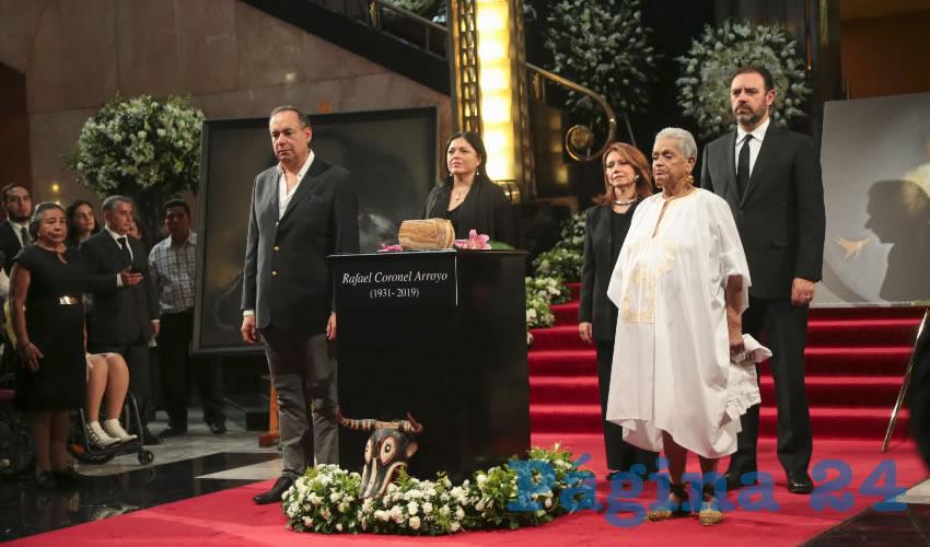 El Gobernador Alejandro Tello acudió a la ceremonia y destacó el legado cultural que deja el artista zacatecano