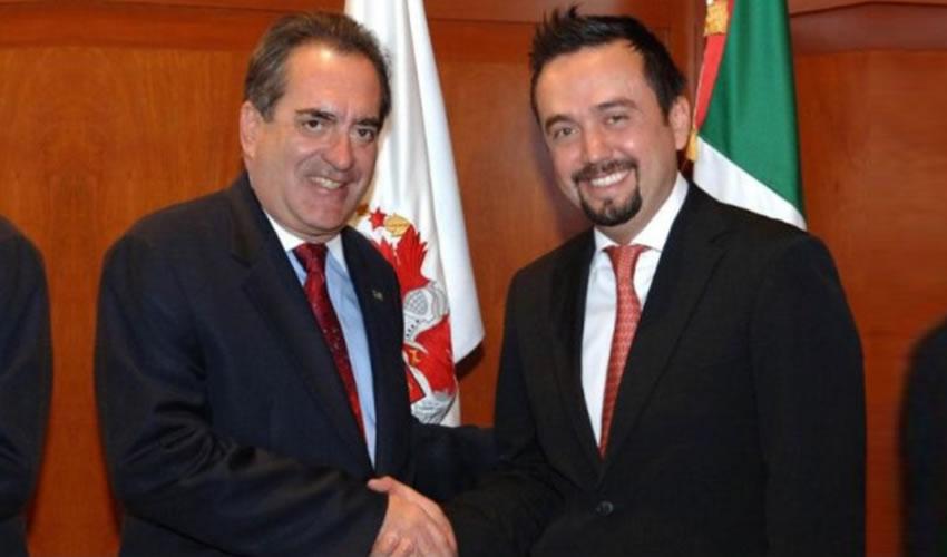 Carlos Lozano de la Torre y Arturo Ávila Anaya ...inversión de 117 millones de pesos...