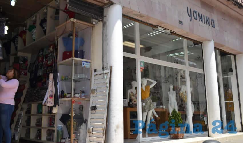 Locatarios y vecinos del centro histórico están hartos de las ineptitudes de Jiapaz (Foto Merari Martínez)